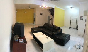 Fully Furnished Cozy, Clean, Spacious, Gated & Guarded Landed House with Different Room to let.