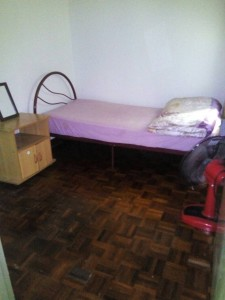 SMALL ROOM FOR WORKING FEMALE NEAR BY MID VALLEY in Taman Desa