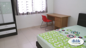 Room for rent @Bukit Indah 8th Avenue (with aircond, WIFI, Gated and Guarded)