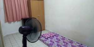 Comfortable Room Rent at Taman Paramount With 24hrs Security & Free Maintenance