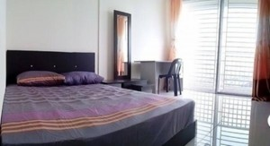 """""""Affordable Living Room Rent At USJ Subang Near Taipan With Wifi & A/C """""""