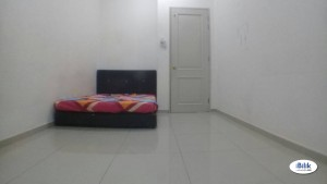 Available Room 16 Sierra With Fully Facilities & Free High Speed WiFiI