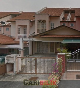 Seremban 3 House 20' x 70' For Rent