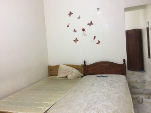 PJS9/12 quiet + private single room for rent :)
