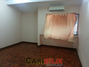 Master room for rent in SS2