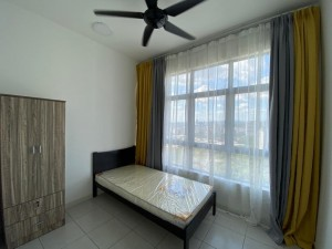 Walking Distance to LRT Utilities FREE Room For Rent in Bukit Jalil