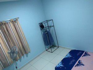 Medium Room For Rent in Aurora Residence @ Lake Side City Puchong