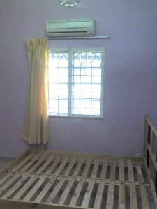Medium Room for Rent (RM480 inc utilities with AIR COND)