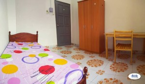 Room To Let At USJ 18, Subang Jaya with Weekly Cleaning