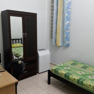 100MBPS WIFI Room At Kota Kemuning Include Utilities, Full Furnished
