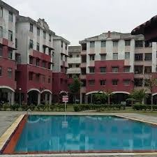 Apartment with 3 bedrooms Near Bestmart & Bukit Indah for Rent