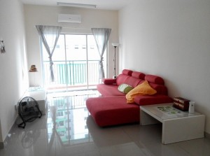OUG Parklane Small Room to Rent (Available NOW)