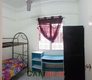 fully furnished SMALL ROOM FOR RENT AT PELANGI DAMANSARA CONDO NEAR MRT