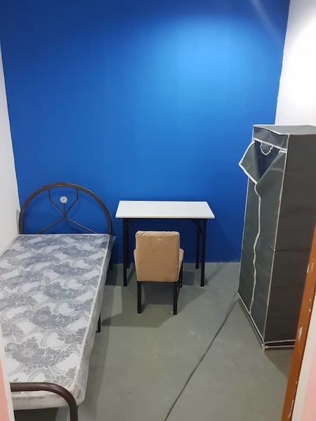 Complete Facilities Room rent at SS2, PJ ready to move in with Wifi & A/C