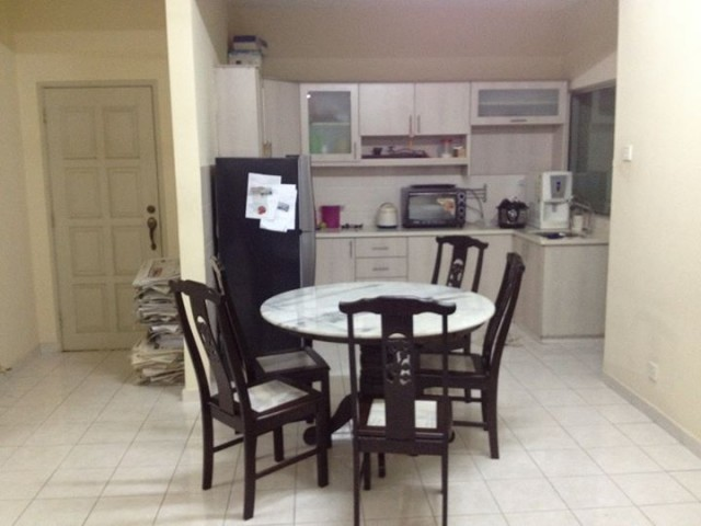 PV5 Medium Room for Rent (Fully furnished) with king-sized bed