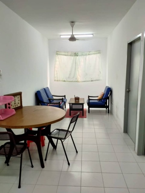 Middle Room to let Seberang Prai