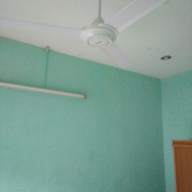 Furnished Room In Aeon Klebang Area
