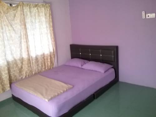 High Speed WIFI Room For Rent Section 17, Petaling Jaya With Security Service