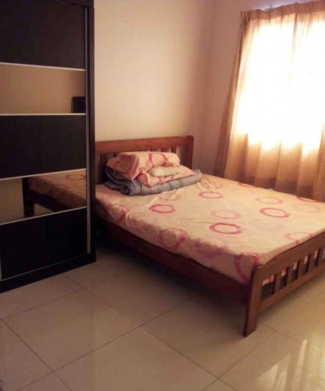 With 100MBPS WIFI Room To let Sea Park, Free Wifi, Include Utilities