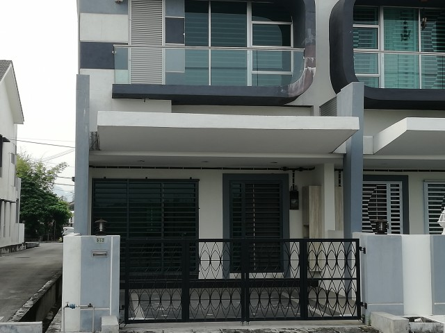 Savana Residency Tasek Klebang Ipoh House For Sale 房屋出售