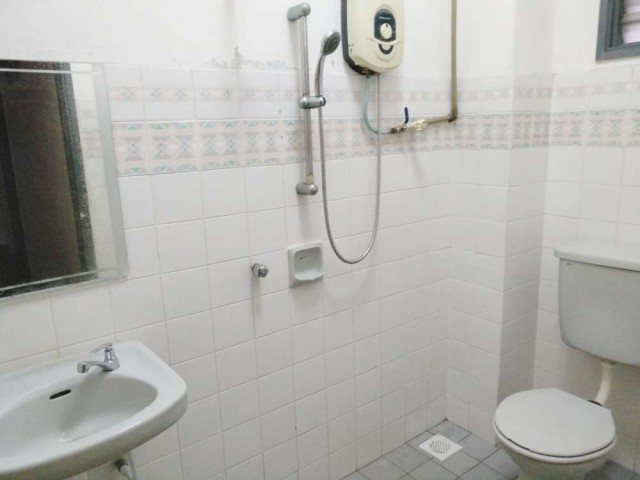 USJ 4 Room for rent - RM400 per month