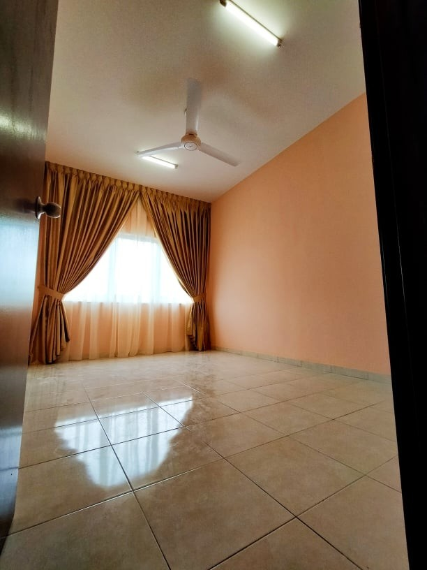 Single Room to let Klang