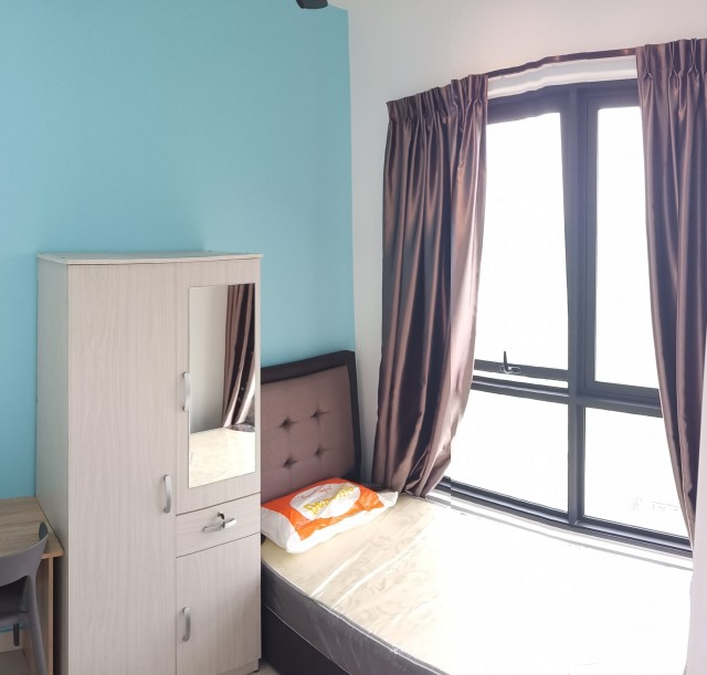1pax private single window room RM650 all in