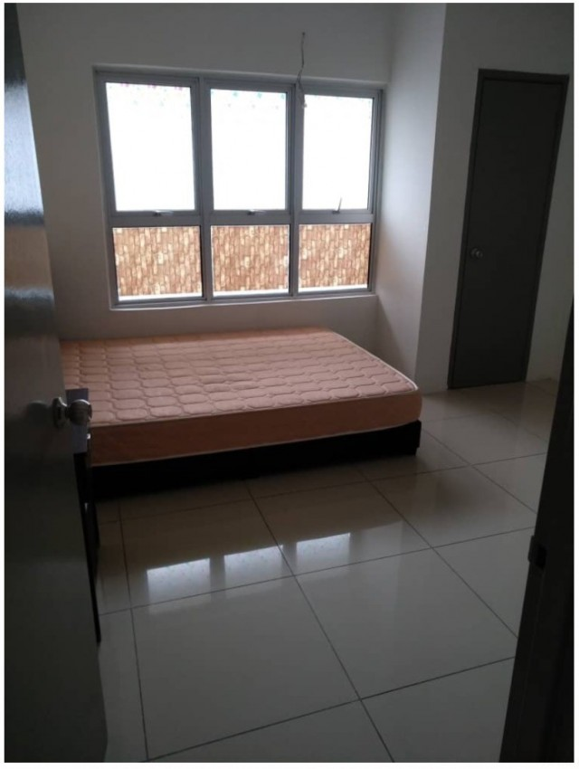 Master Bedroom to let Bangsar South