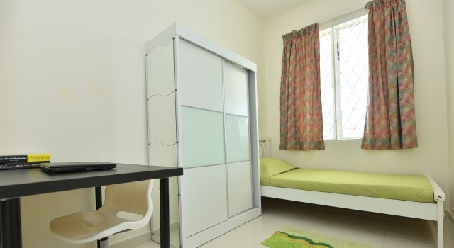 Room For Rent at Tropicana Indah With 24hrs Security & Free Maintenance