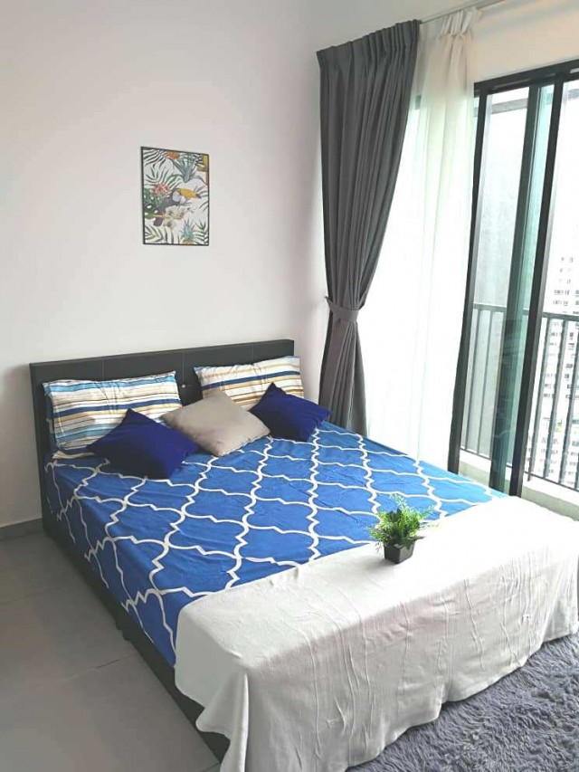 Nicely Design Middle Balcony Room @ Old Klang Road, Pearl Point with the amenities just a walk distance.