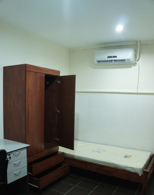 Weekly Cleaning Room rent at Setia Alam Nearby Amenities & Fully Facilities