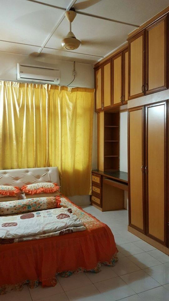 Master Bedroom to let Cherating