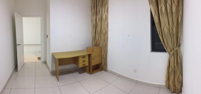 You Residence,Middle Room RM405