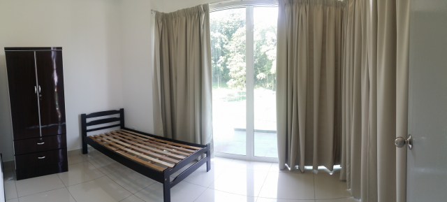 Medium Room, Taman BM Indah, New & Clean House, Just Renovated