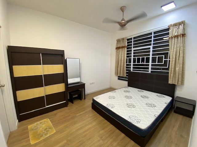 Master Bedroom to let Sentul