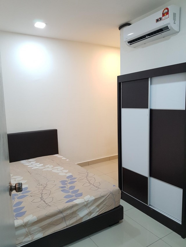 228 Selayang Condo Room For Rent