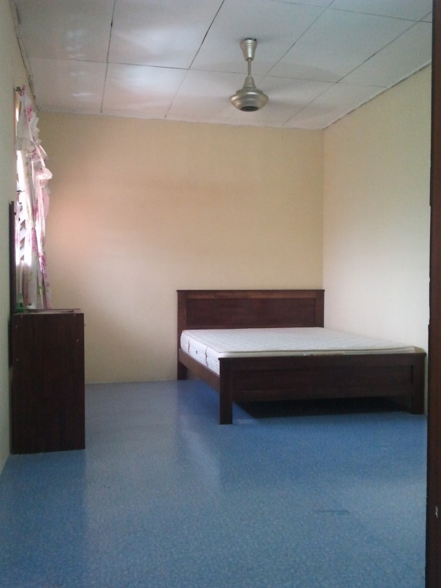 Great Location Room For Rent at Taman Serdang Raya With Fully Facilities & Nearby Amenities