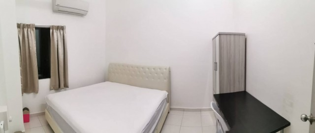 Middle Room to let Bayan Lepas