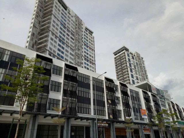 Emerald Avenue FULLY FURNISHED next to Hospital Selayang